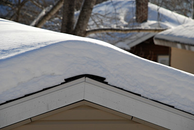 2014 01 04:  Winter Roofs, Duluth MN