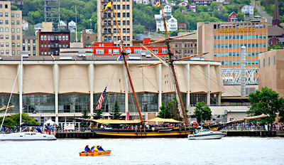 2013 07 27:  Tall Ships, Duluth, Outside Looking In