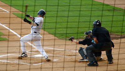 2011 08 13:  Duluth Huskies Baseball, Win over Rochester Honkers 4-1