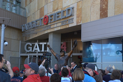 2012 04 14: Target Field, Rangers over Twins, 6-2