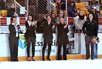 2015 02 22b:  Women's Hockey, UMD Share